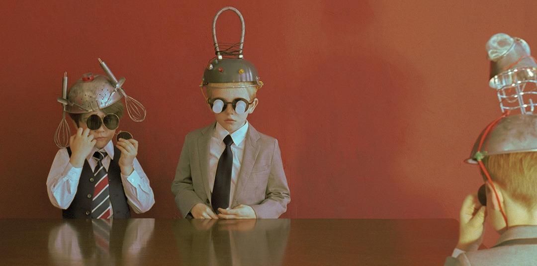 Rala Choi – Magritte goes Analogue