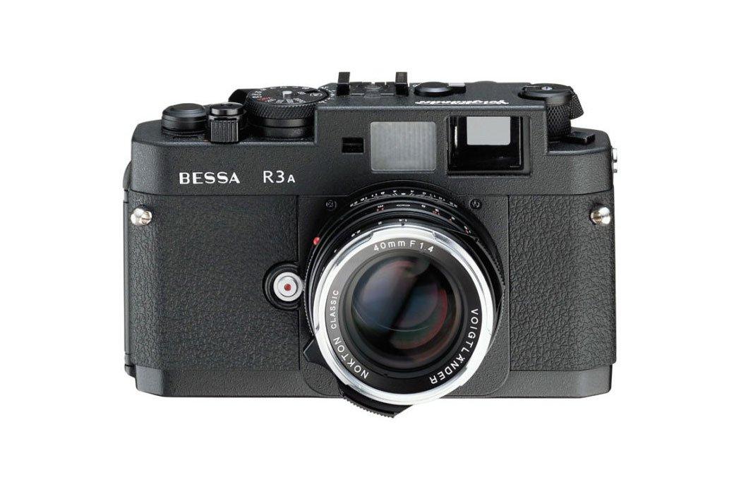 Voigtländer Bessa vs Leica?